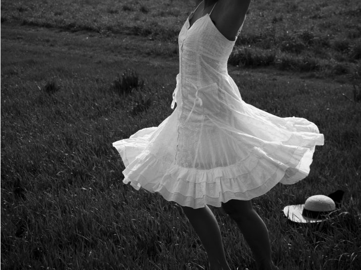 Twirl_by_upendoaushiSM