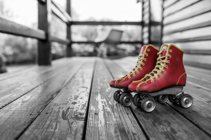 105H roller skates